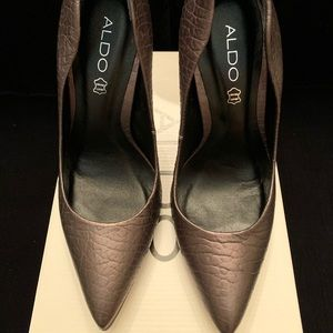 Aldo Shoes - Aldo Greim Platform Pointy-Toe Pump Size 9